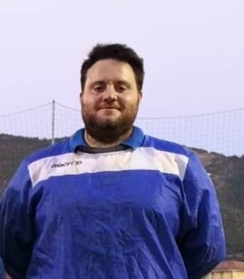 Mister Natalizi Simone condottiero della AMC98 futsal femminile scrive.